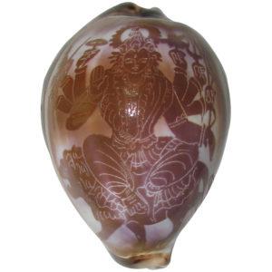 a1087-goddess-durga-parvathi-sakthi-devi-art-on-cowrie-kawdi-kaudi-kowdi-sea-shell-copy