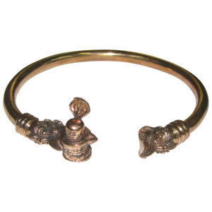 a4942-panchalogam-shiva-lingam-with-snake-bracelet